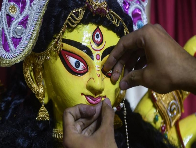 Durga Puja: Bengaluru civic body removes idol size limit, 50 people for pushpanjali
