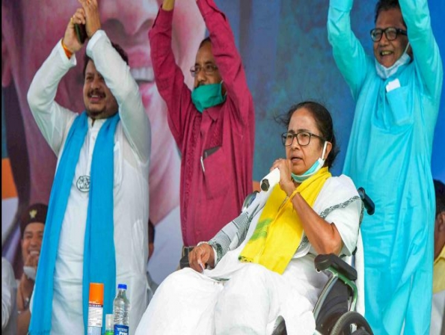 Didi cuts rally time, BJP for mini meets in West Bengal