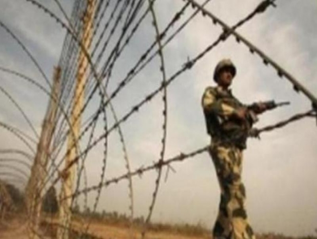 Pak Rangers target BSF patrolling party in J&K
