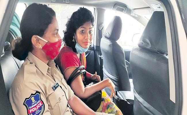 Sunitha's Attempt To Suicide At Geeta Arts