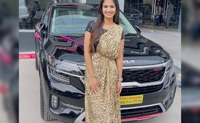 Ariyana Glory Gifts Herself a New Car