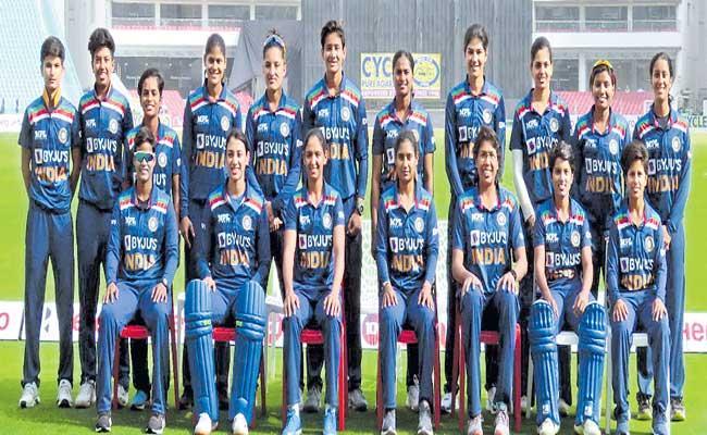 Indian women's cricket team to tour Australia in September