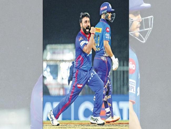Mishra's four-wicket haul powers DC to win over MI