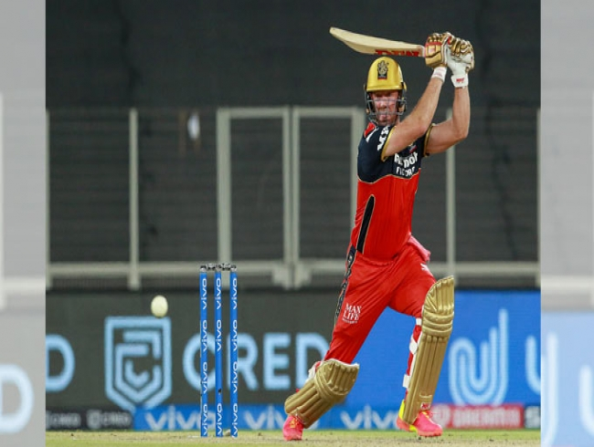 De Villiers delivers again as RCB pip Delhi Capitals by one run